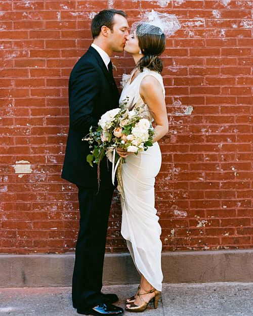 Vintage Wedding Dresses Nyc: An Intimate Vintage Wedding In New York City