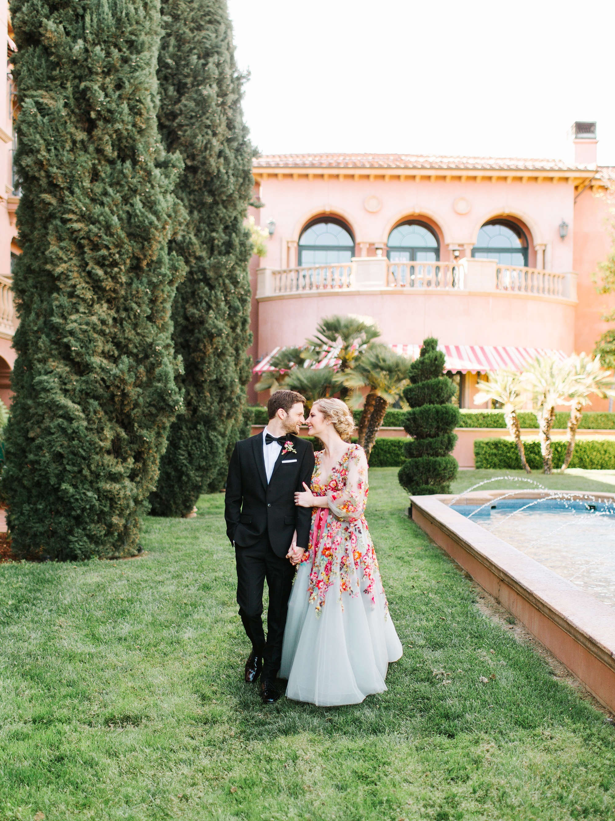 A Bright, Colorful San Diego Wedding Inspired by Smoothies