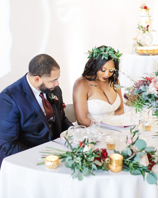 nishea and anthony wedding sweetheart table