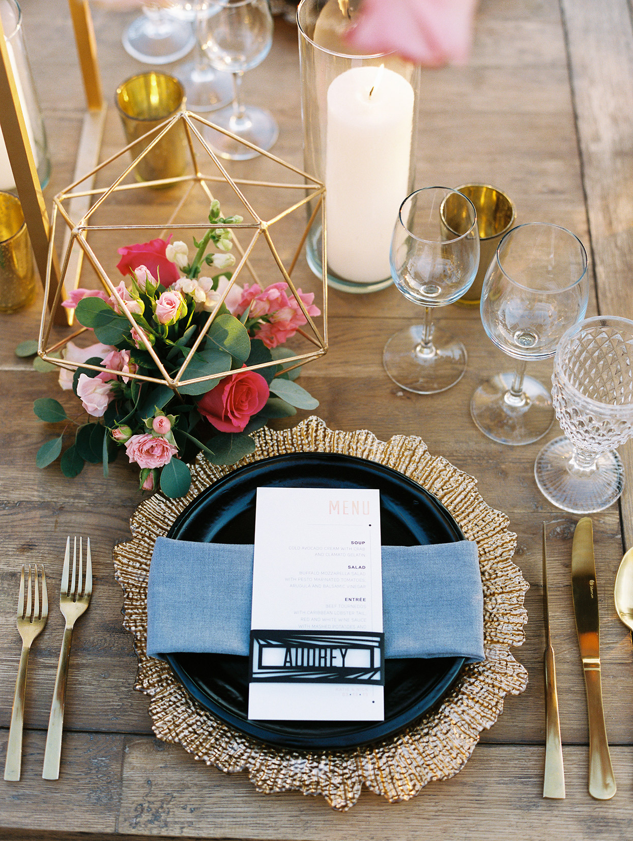 katie nick wedding place setting gold, blue, and pink