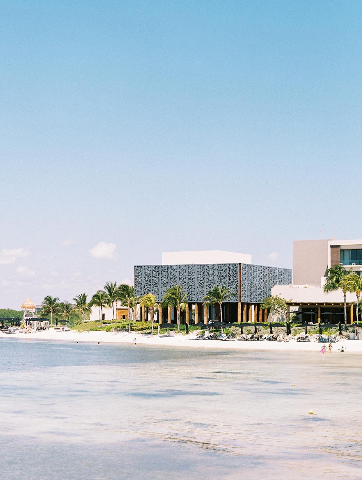 katie nick wedding location cancun beach