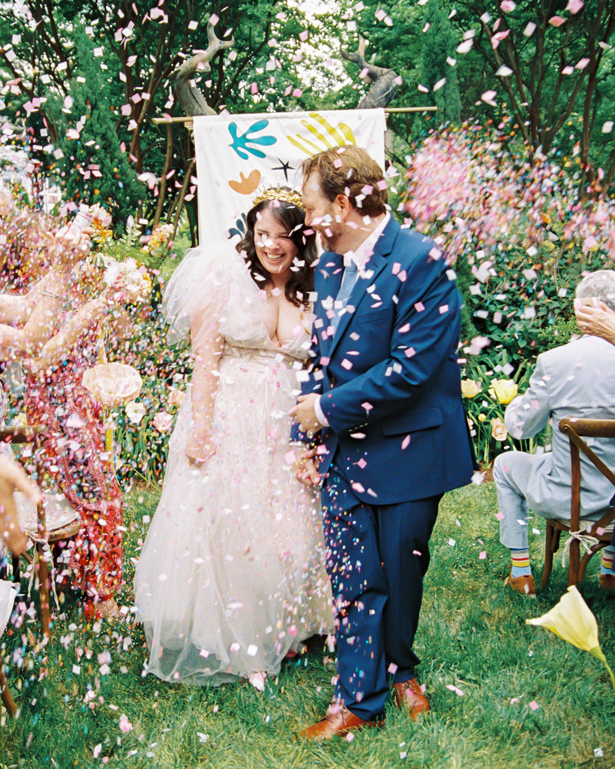 ashley scott wedding recessional confetti