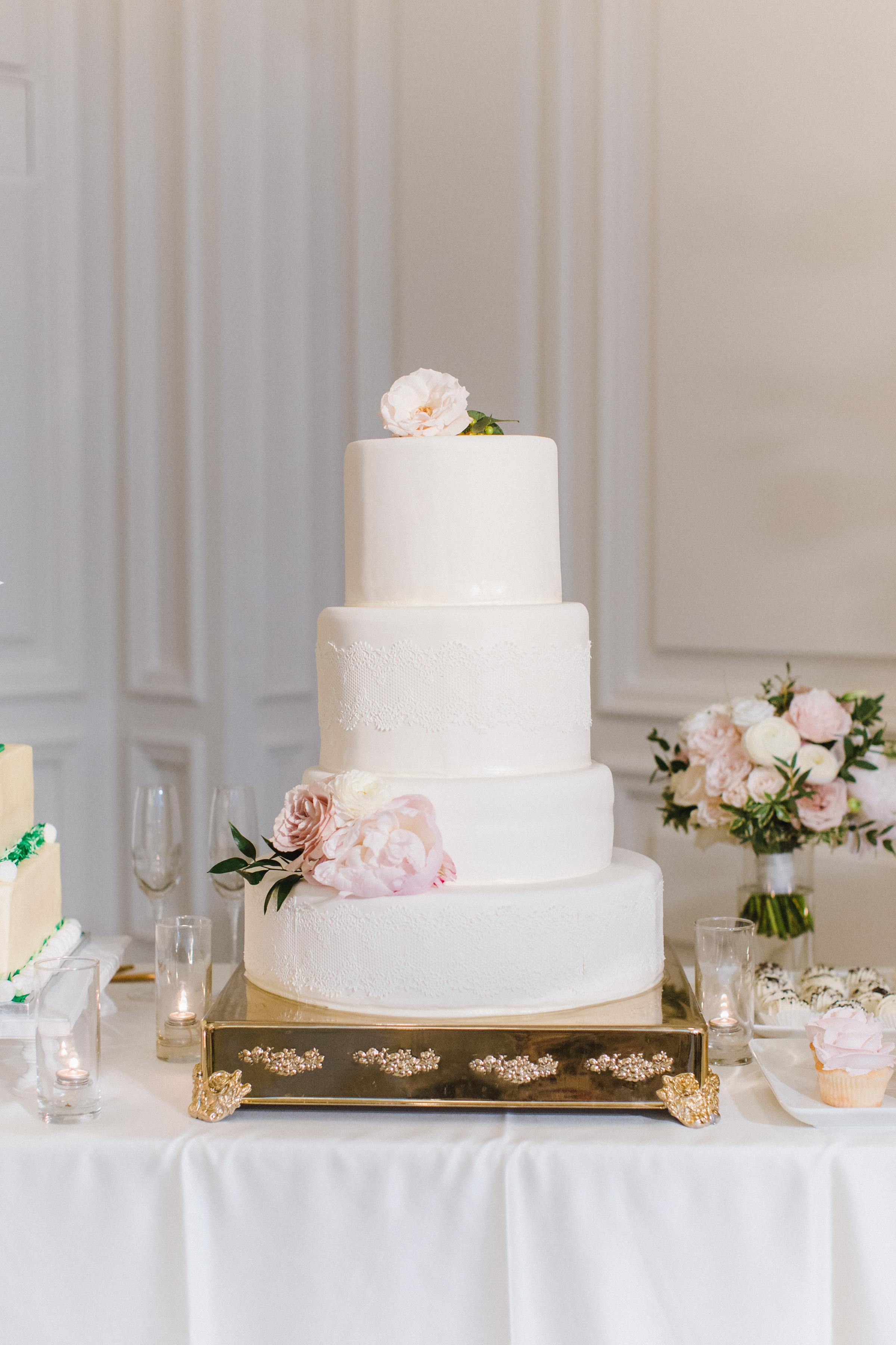 olivia collin wedding cake
