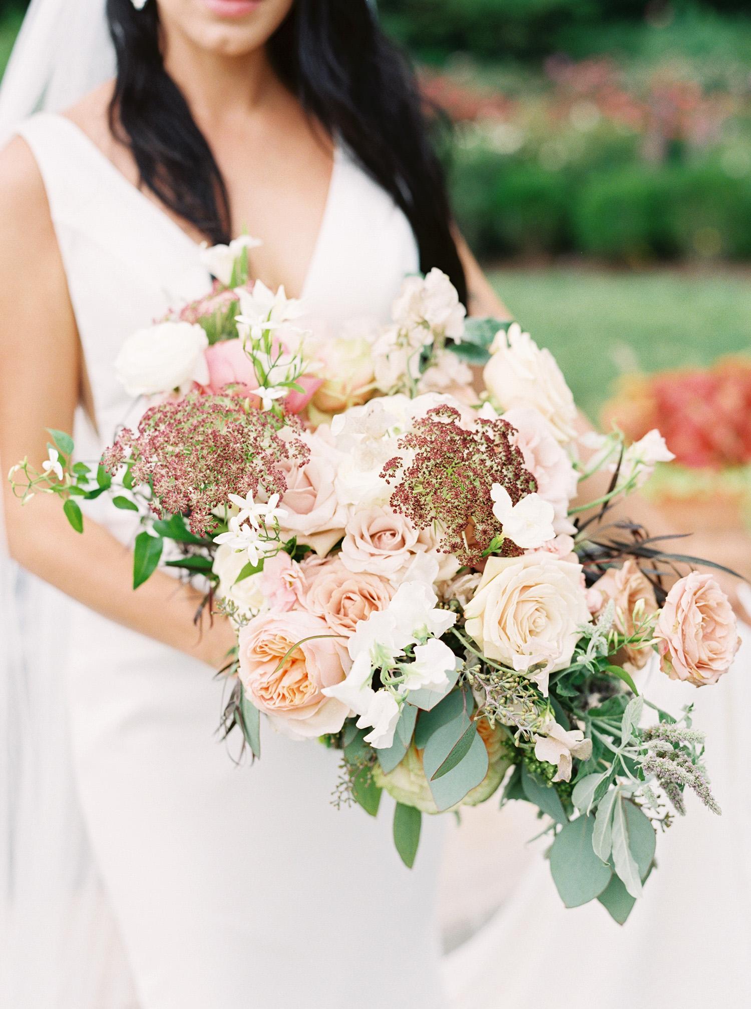 noel mike wedding bride bouquet