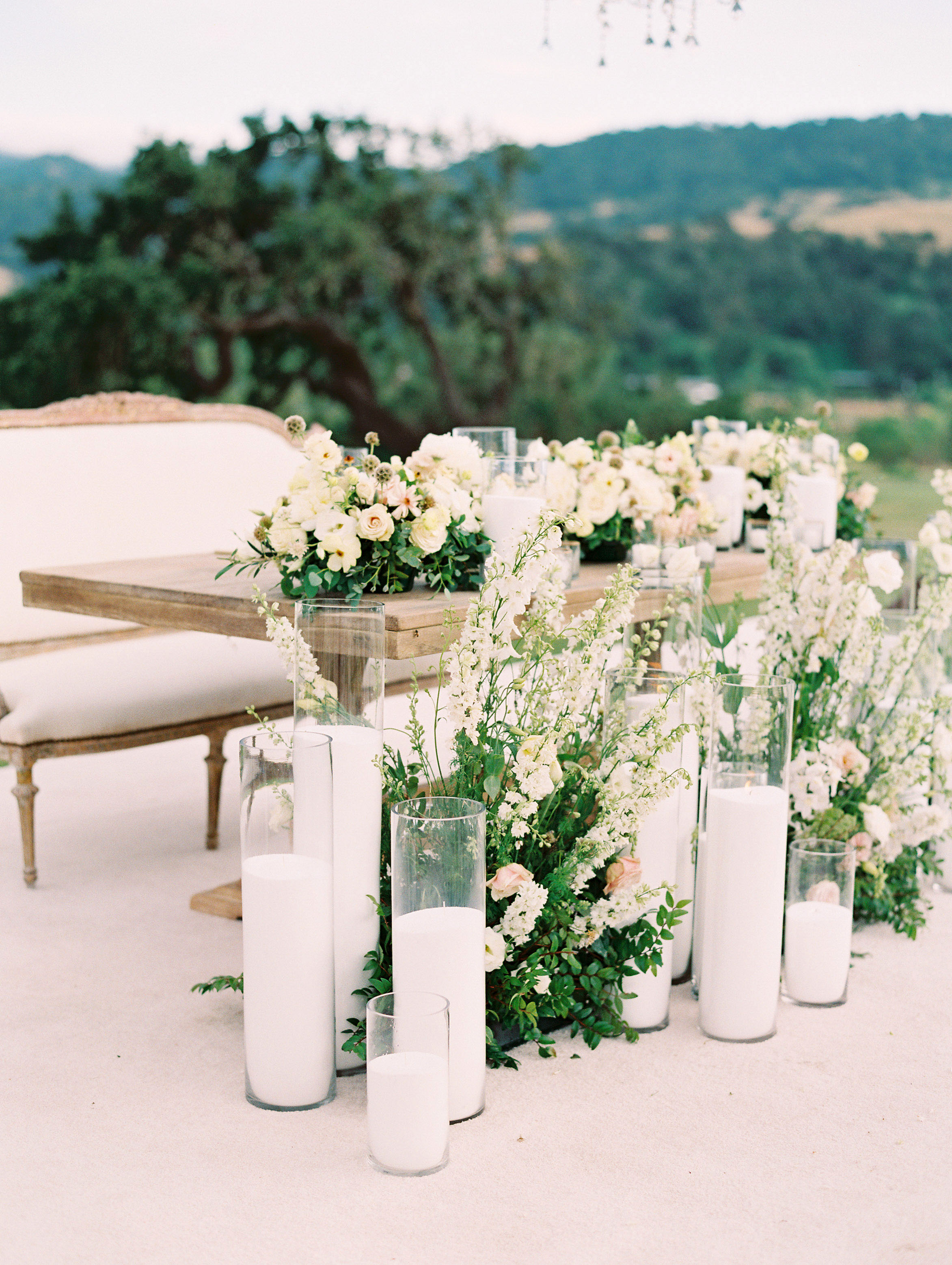 kati erik wedding reception decorations with candles flowers and seating