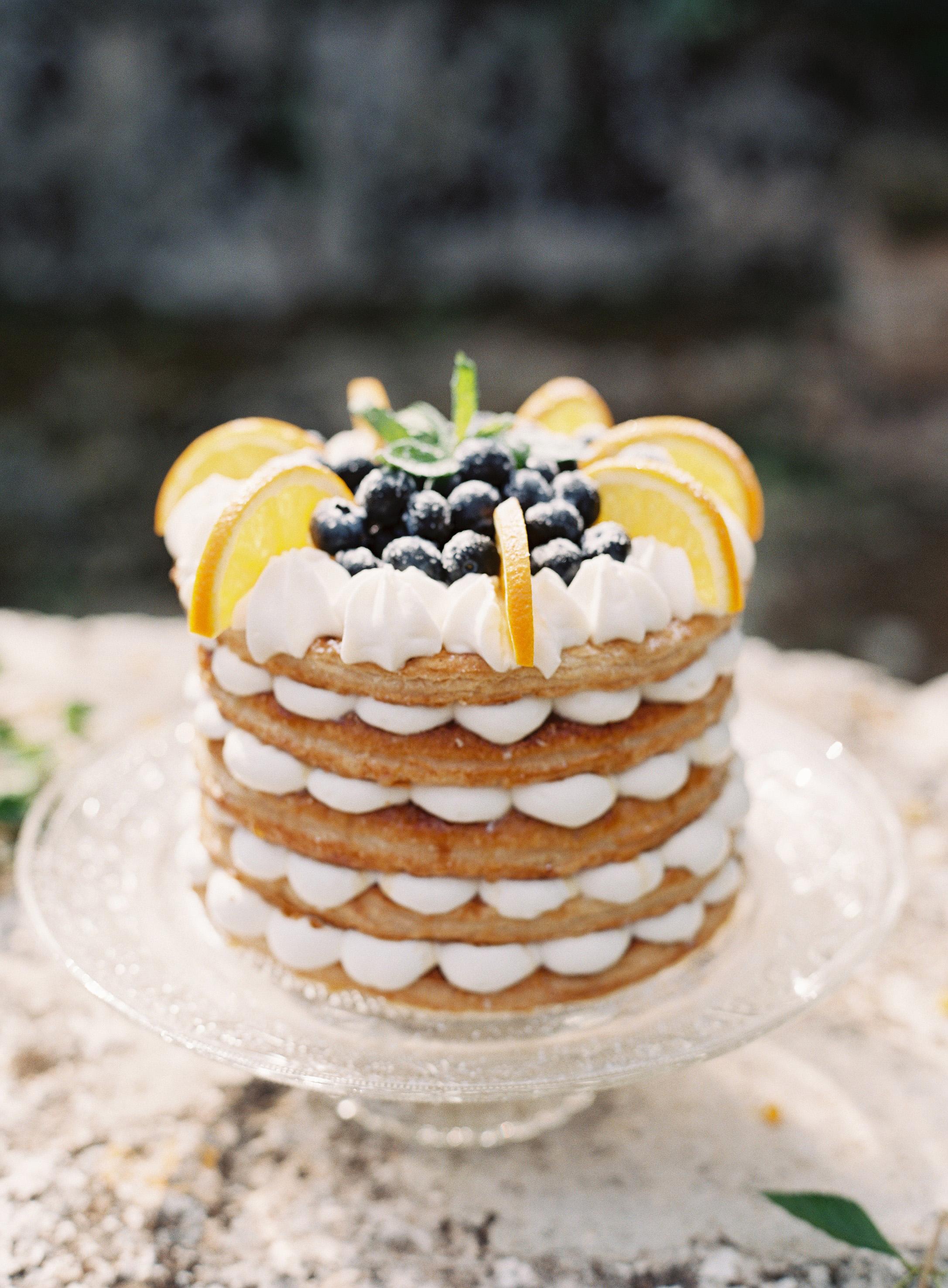 Wedding Cake Alternatives For The Couple Who Just Doesn T Like Cake Martha Stewart Weddings