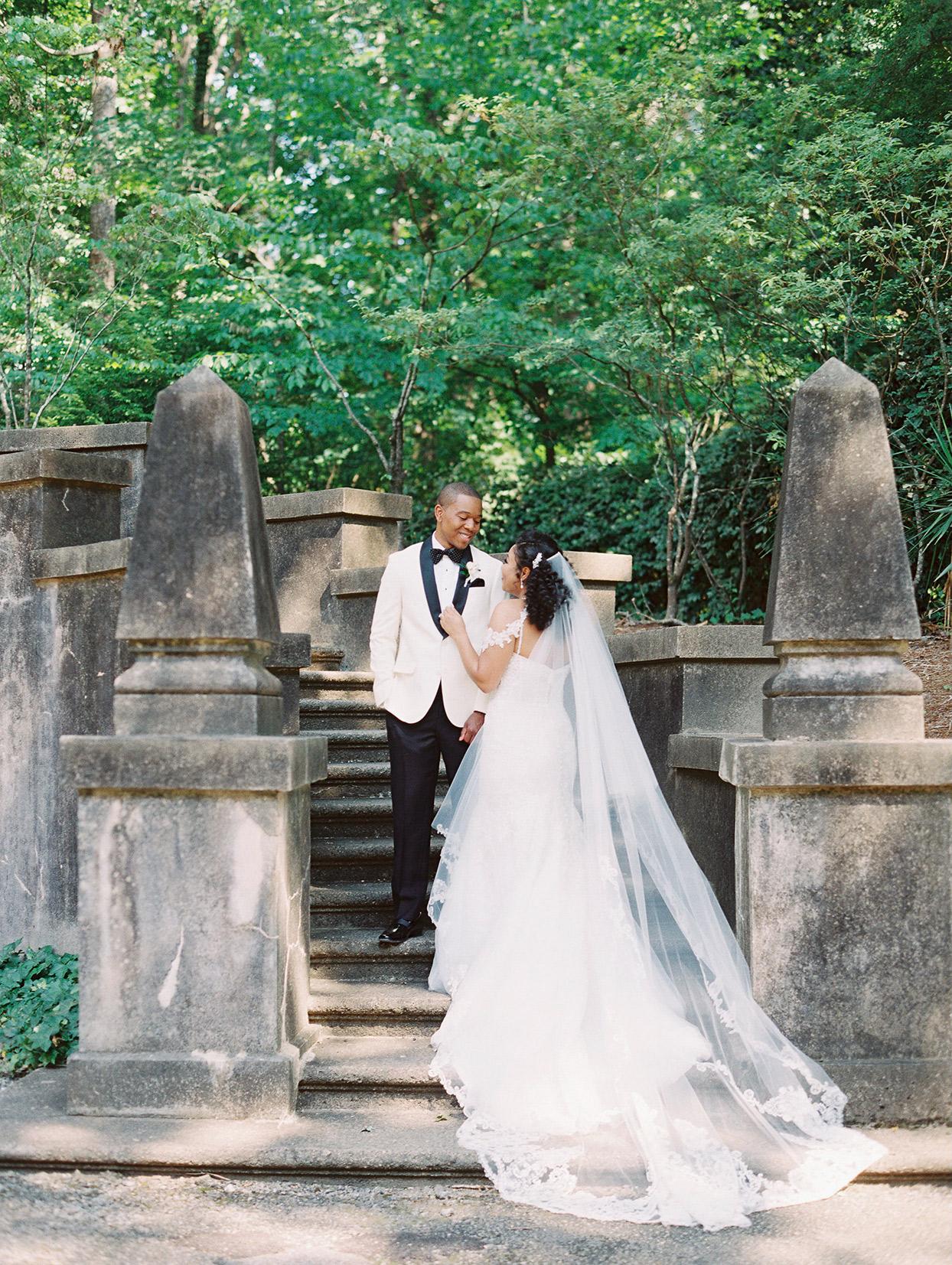 amelia justin wedding couple on stone steps