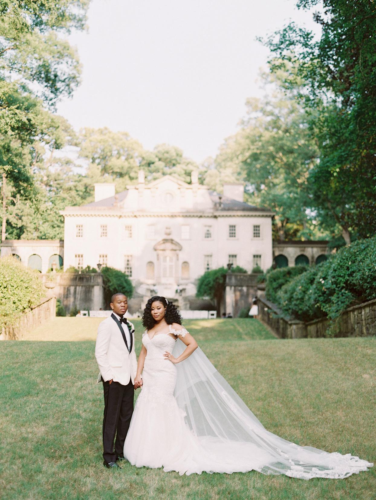 amelia justin wedding bride and groom long veil