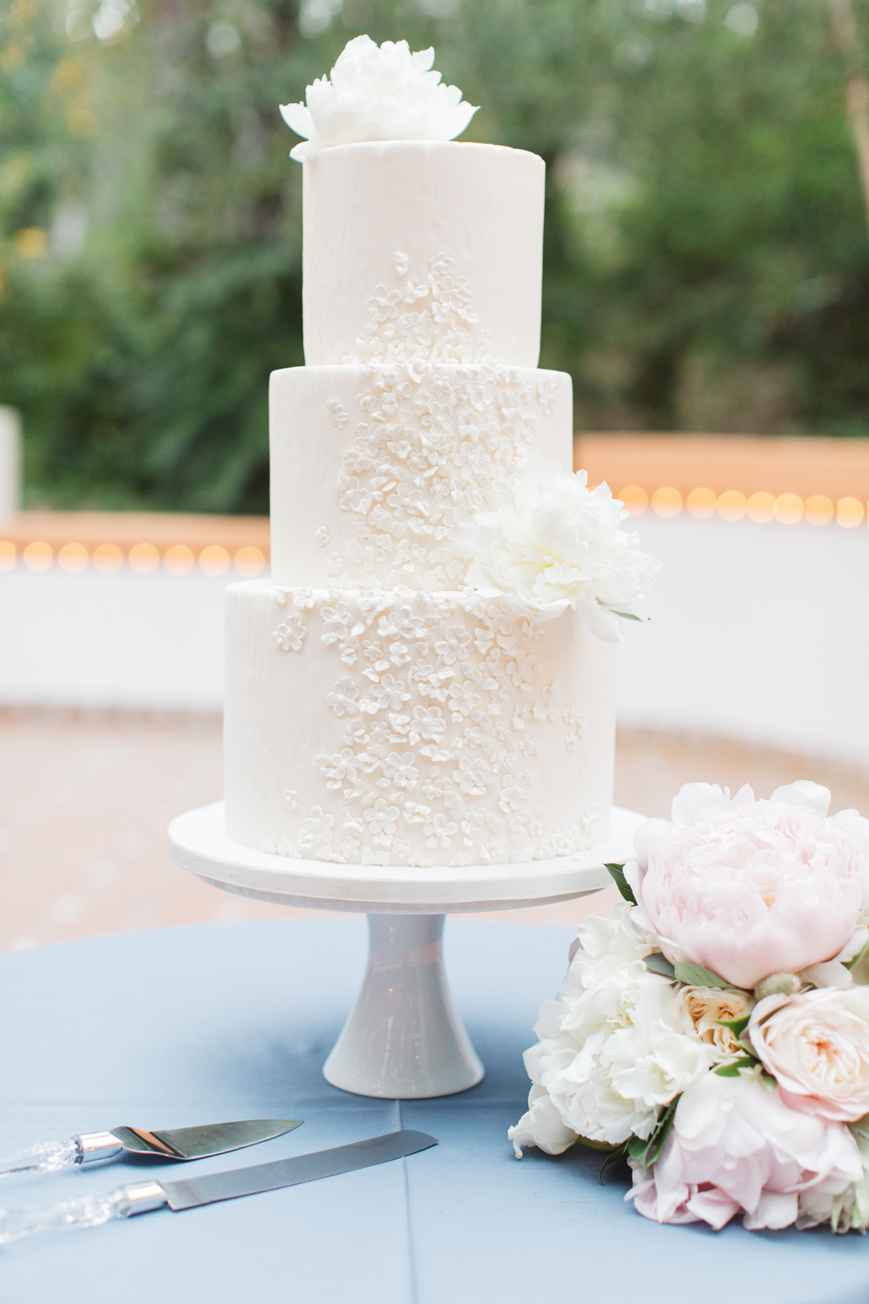 white floral textured wedding cake