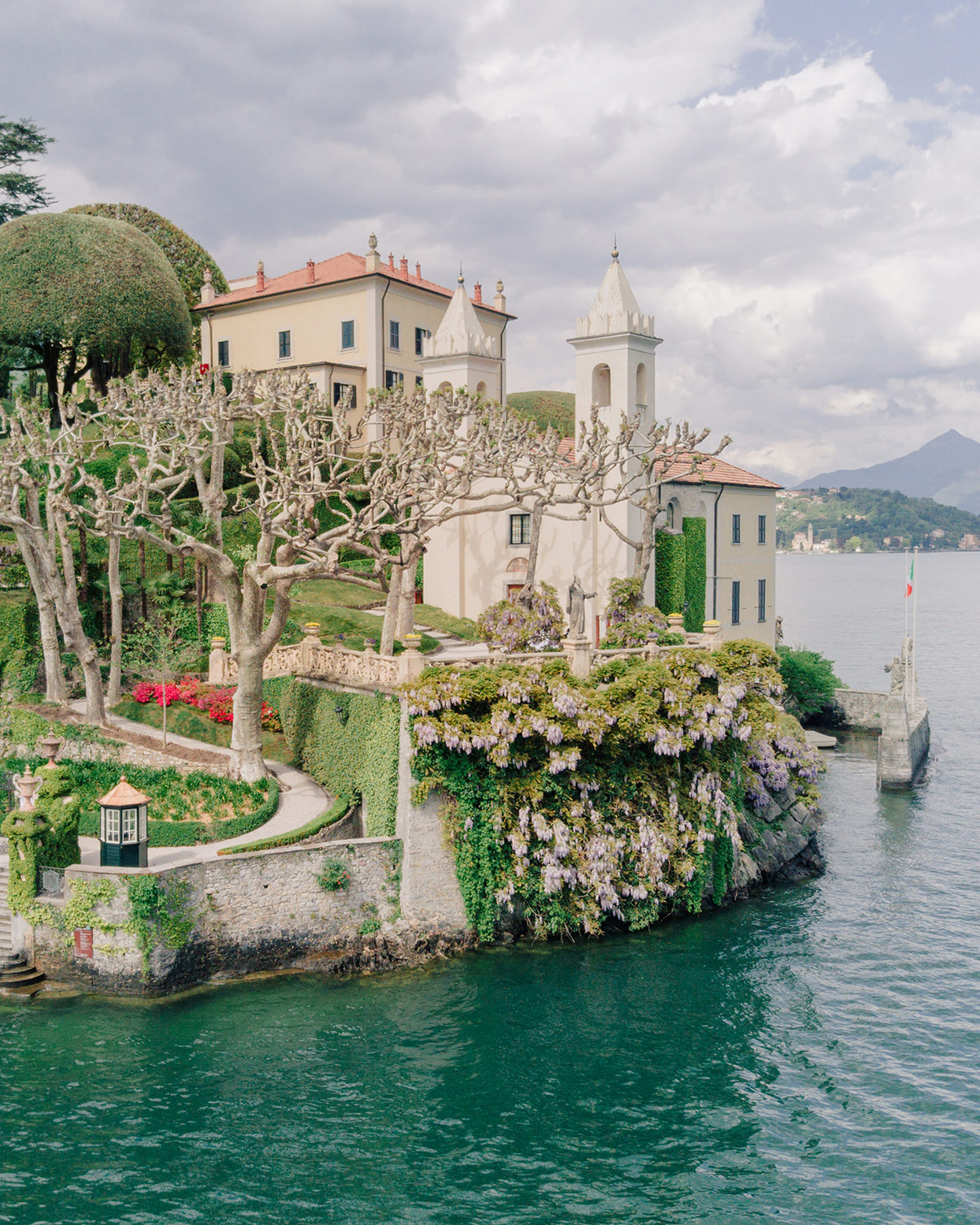 kiira arthur wedding venue by water como italy