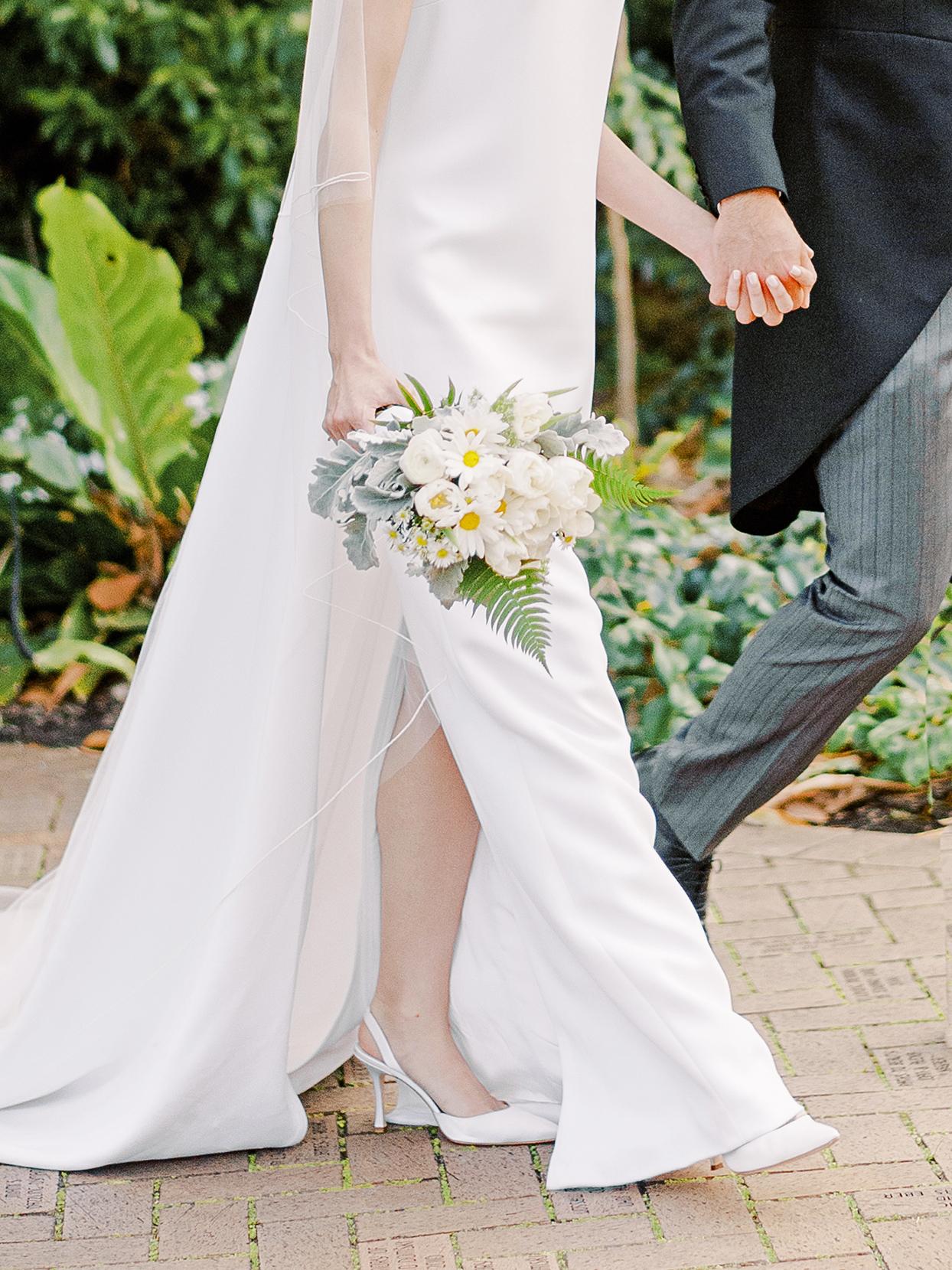 sofia alberto wedding bouquet