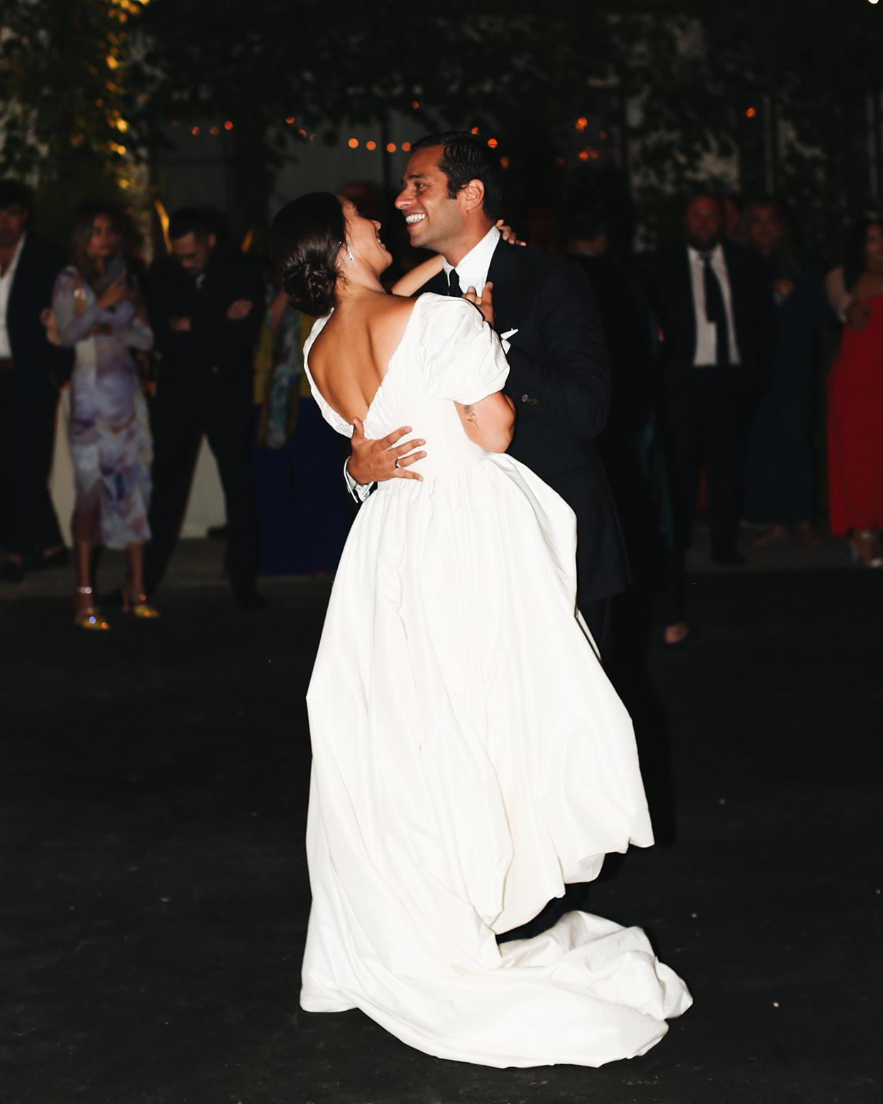 pia david wedding couple first dance