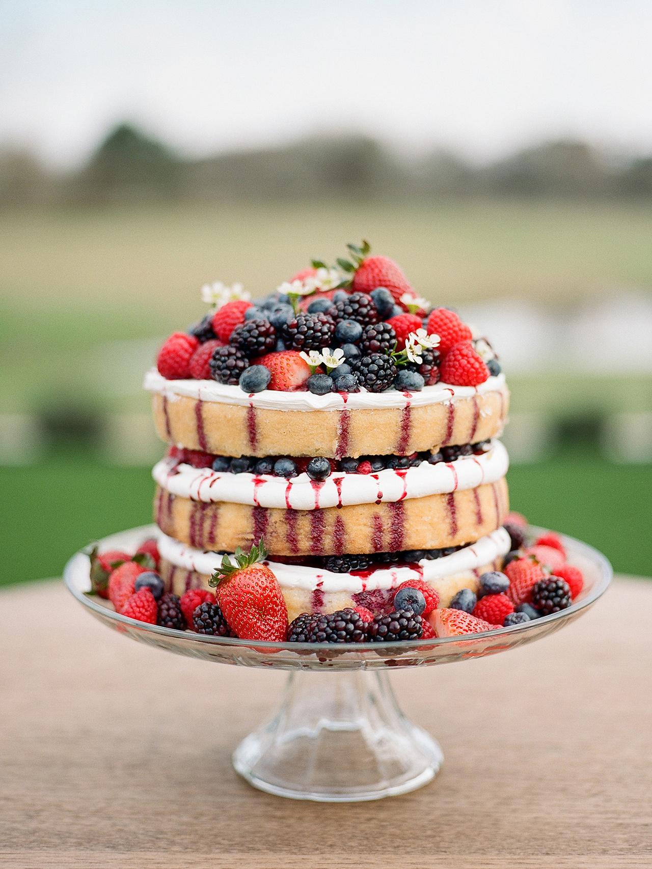 berries and cream pound cake dessert