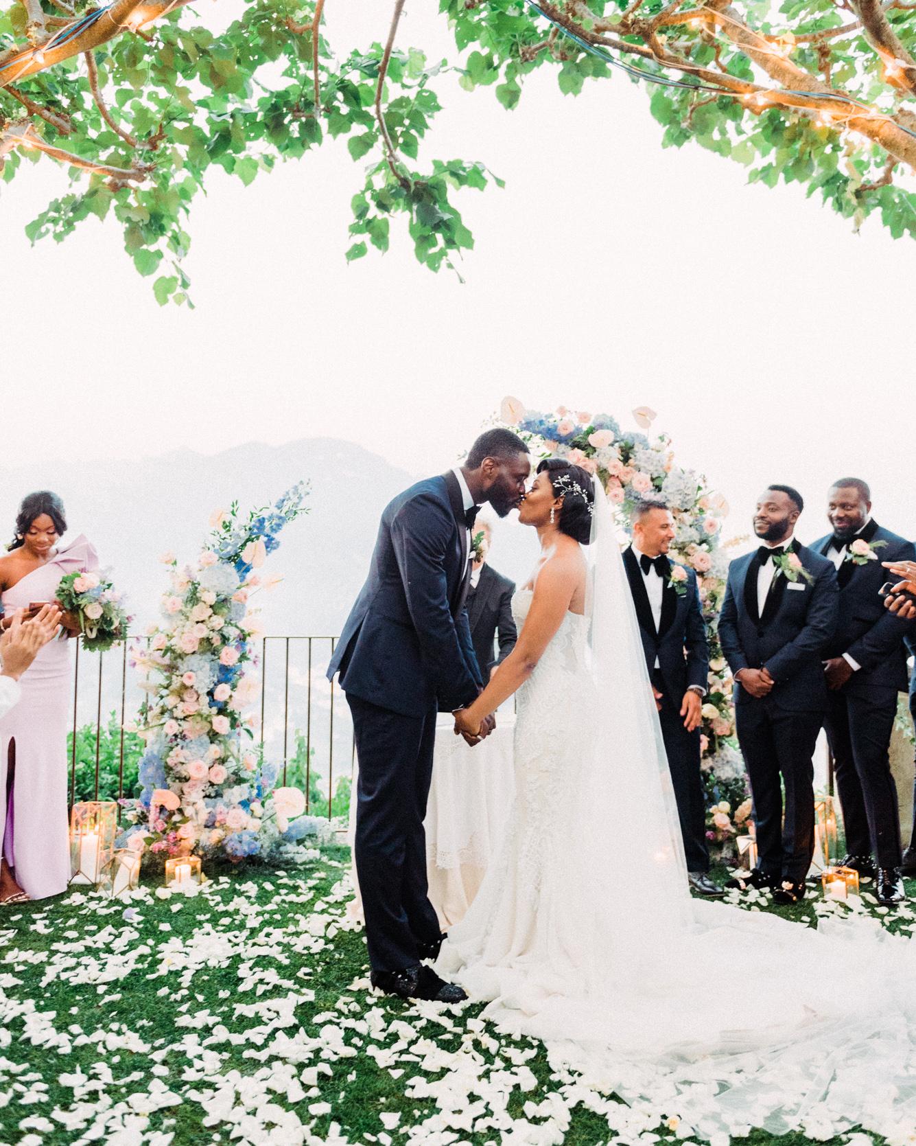 onome efe wedding couple kiss