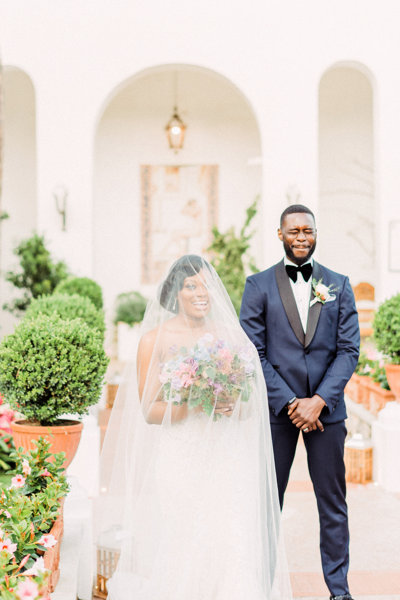 onome efe wedding couple first look