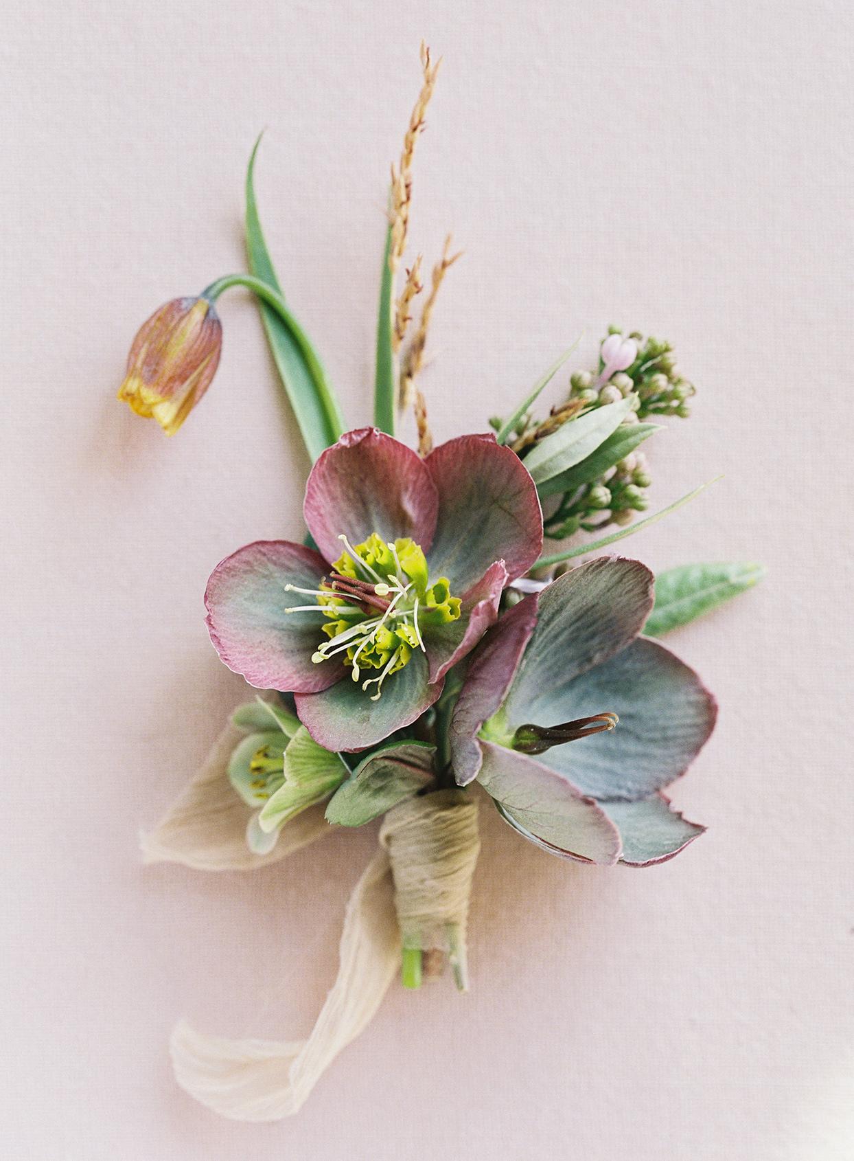 jen alan wedding boutonniere maroon and green