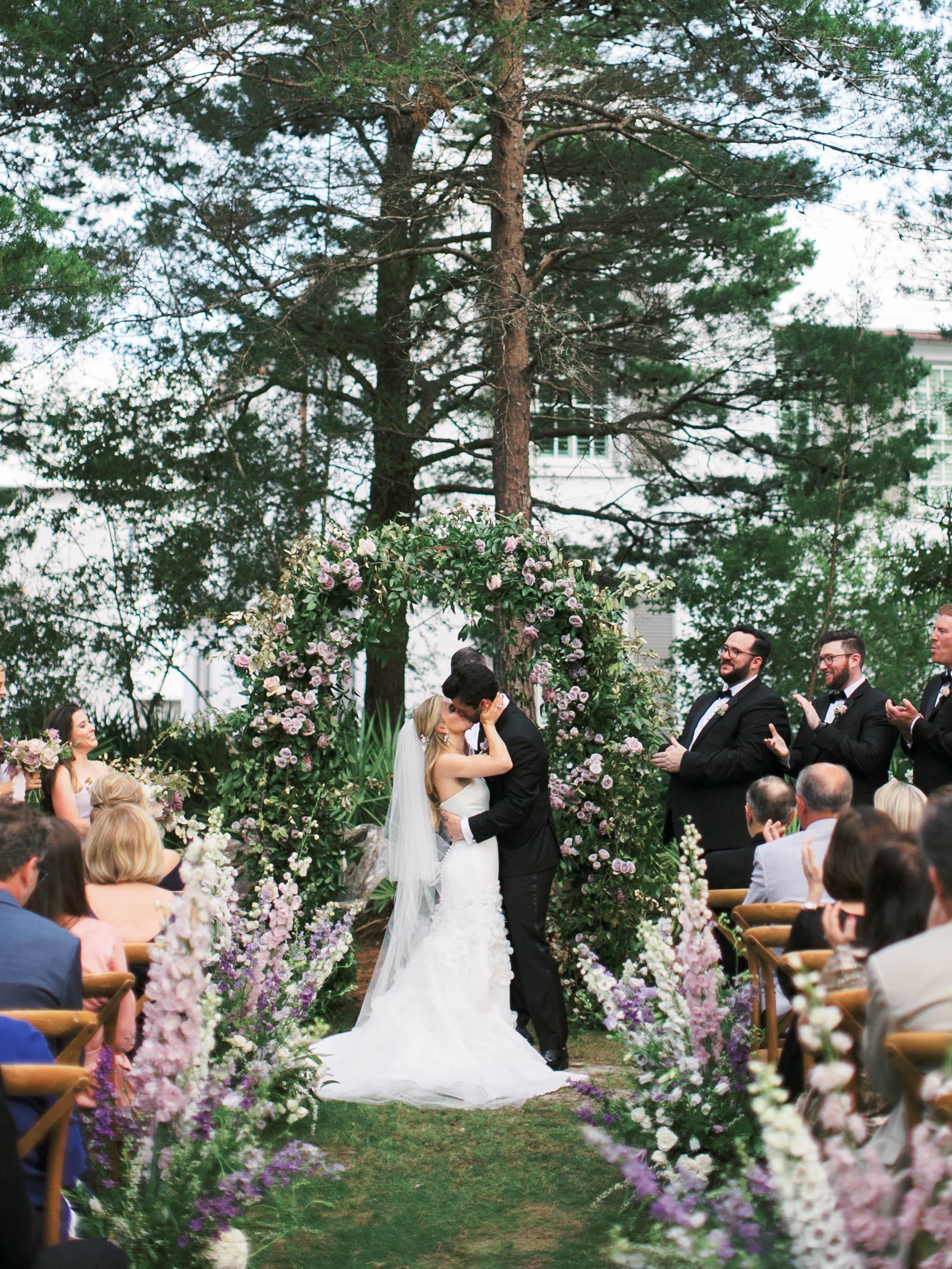 leighton craig wedding ceremony kiss