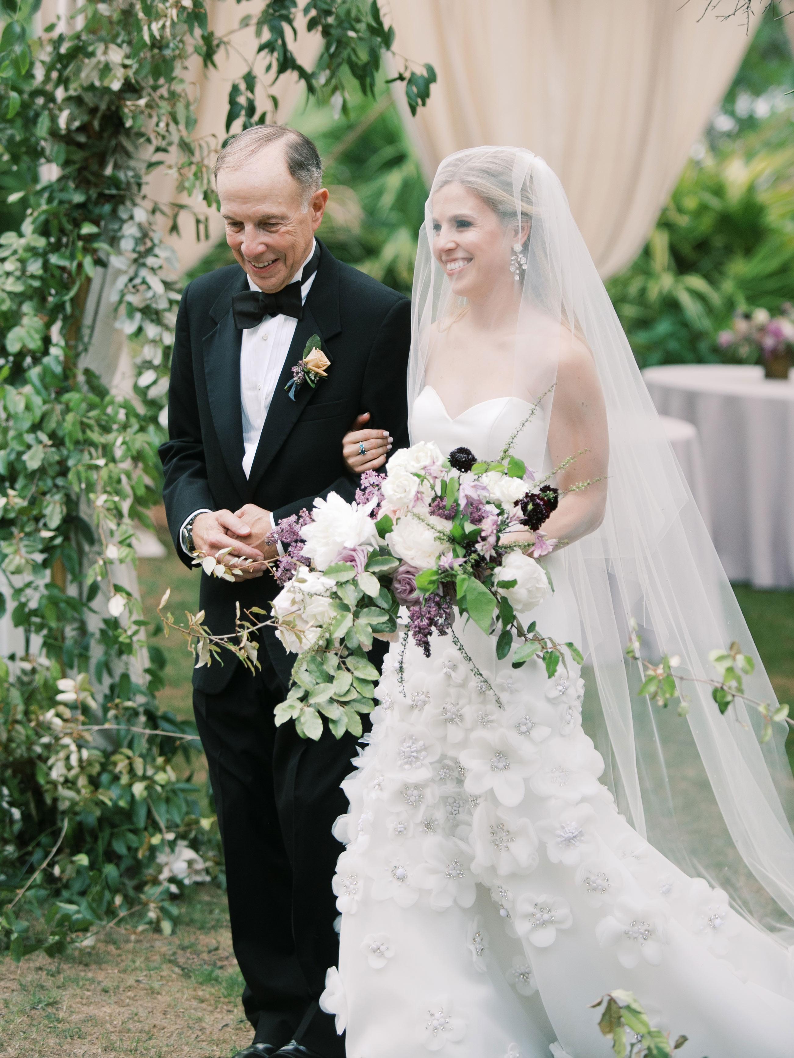 leighton craig wedding bride walking with dad