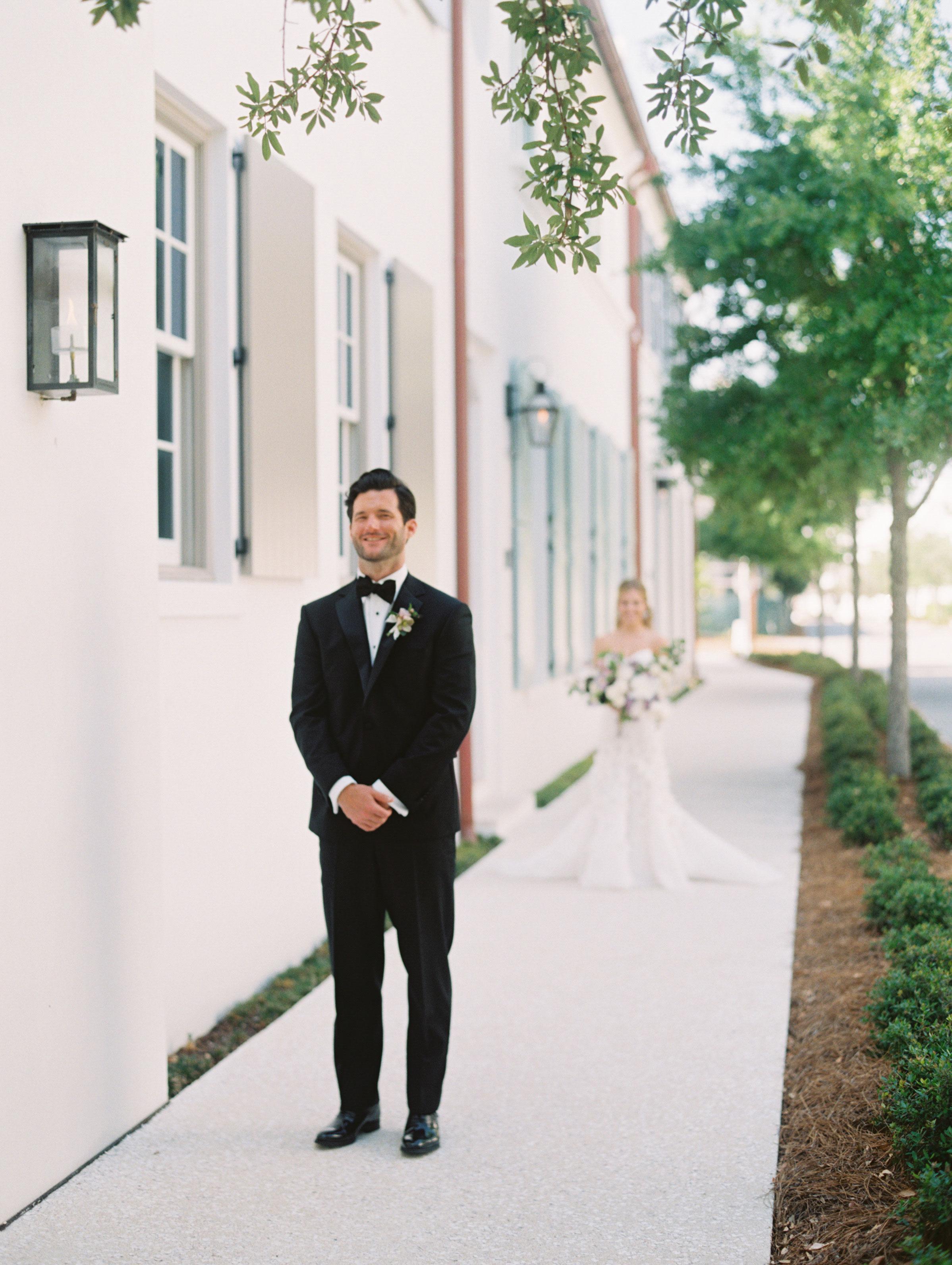leighton craig wedding first look
