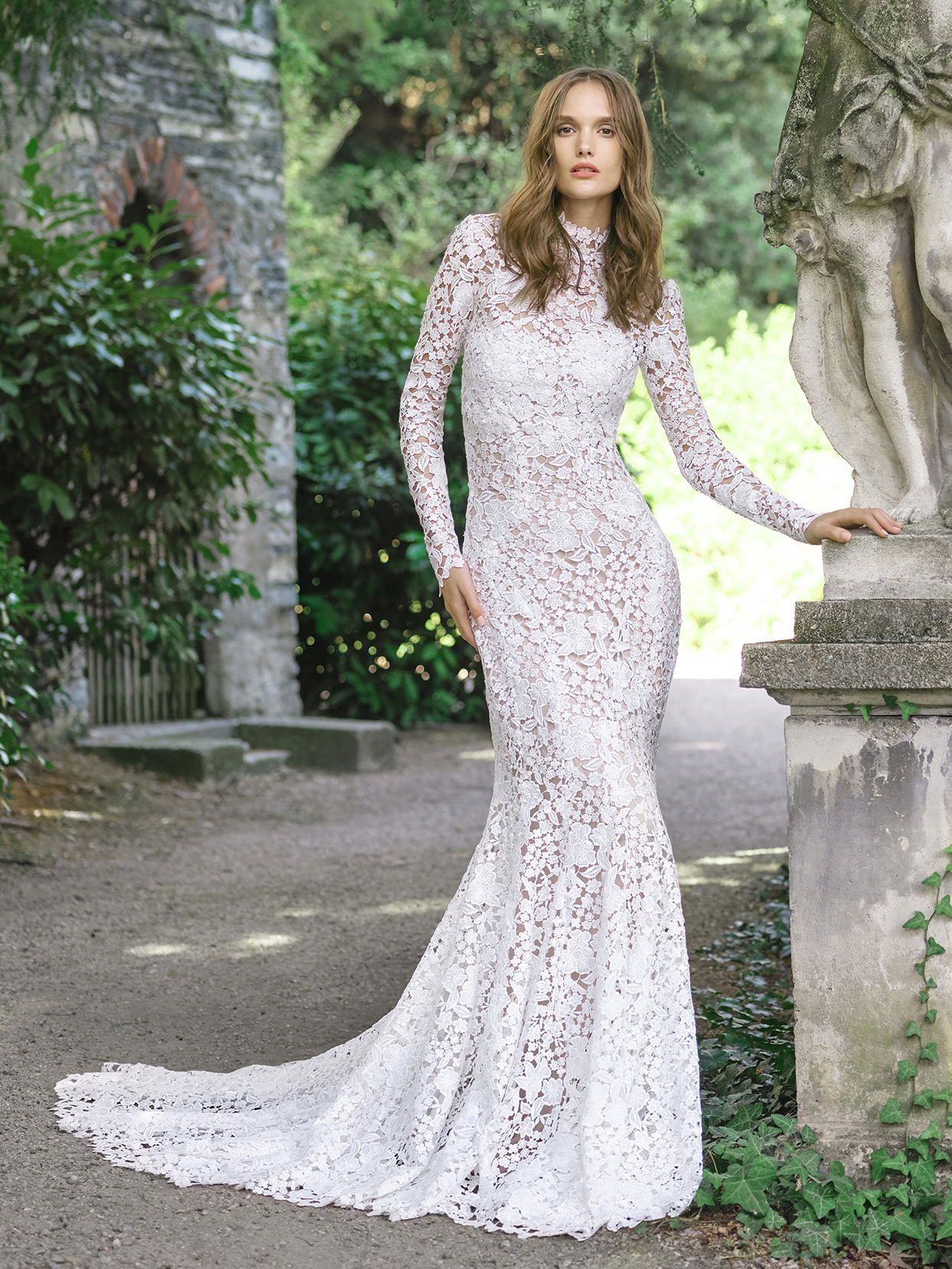 monique lhuillier lace overlay mermaid wedding dress fall 2020