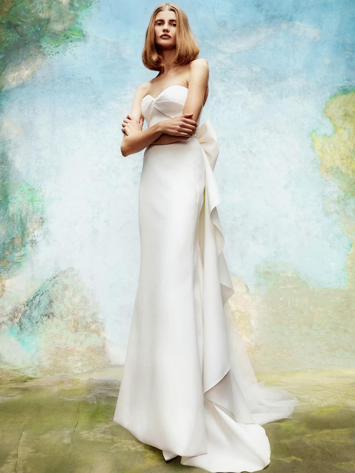 viktor and rolf strapless sheath wedding dress fall 2020