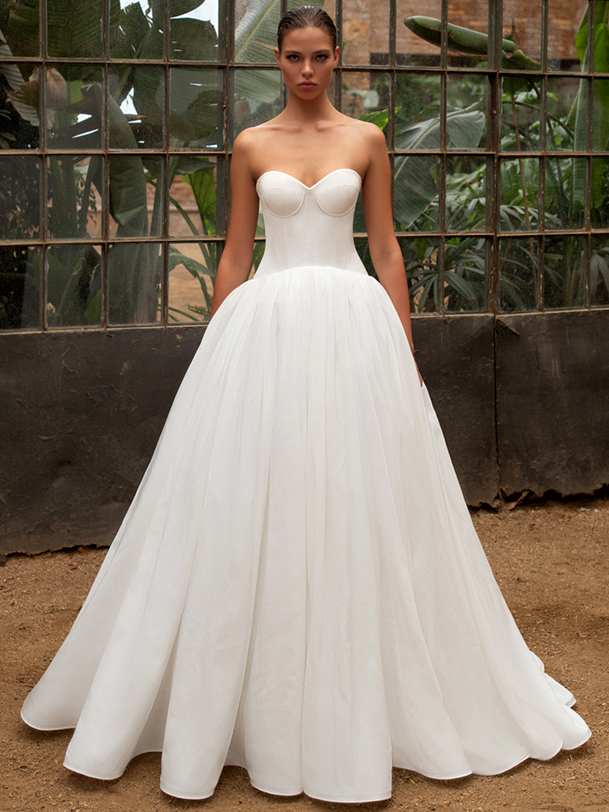 Zac Posen For White One strapless sweetheart boning ball gown wedding dress fall 2020