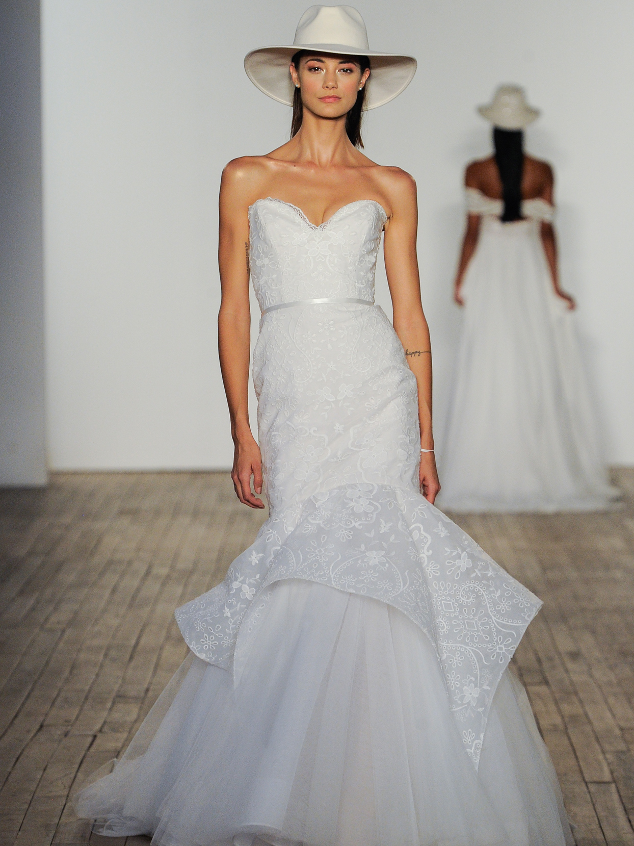 Hayley Paige scalloped sweetheart tiered eyelet trumpet wedding dress fall 2020