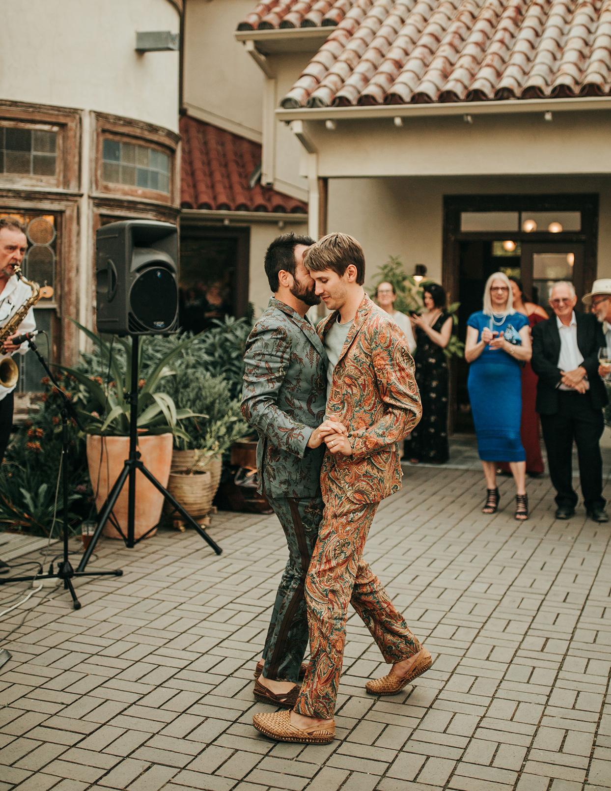 austin alex wedding dance on winery patio