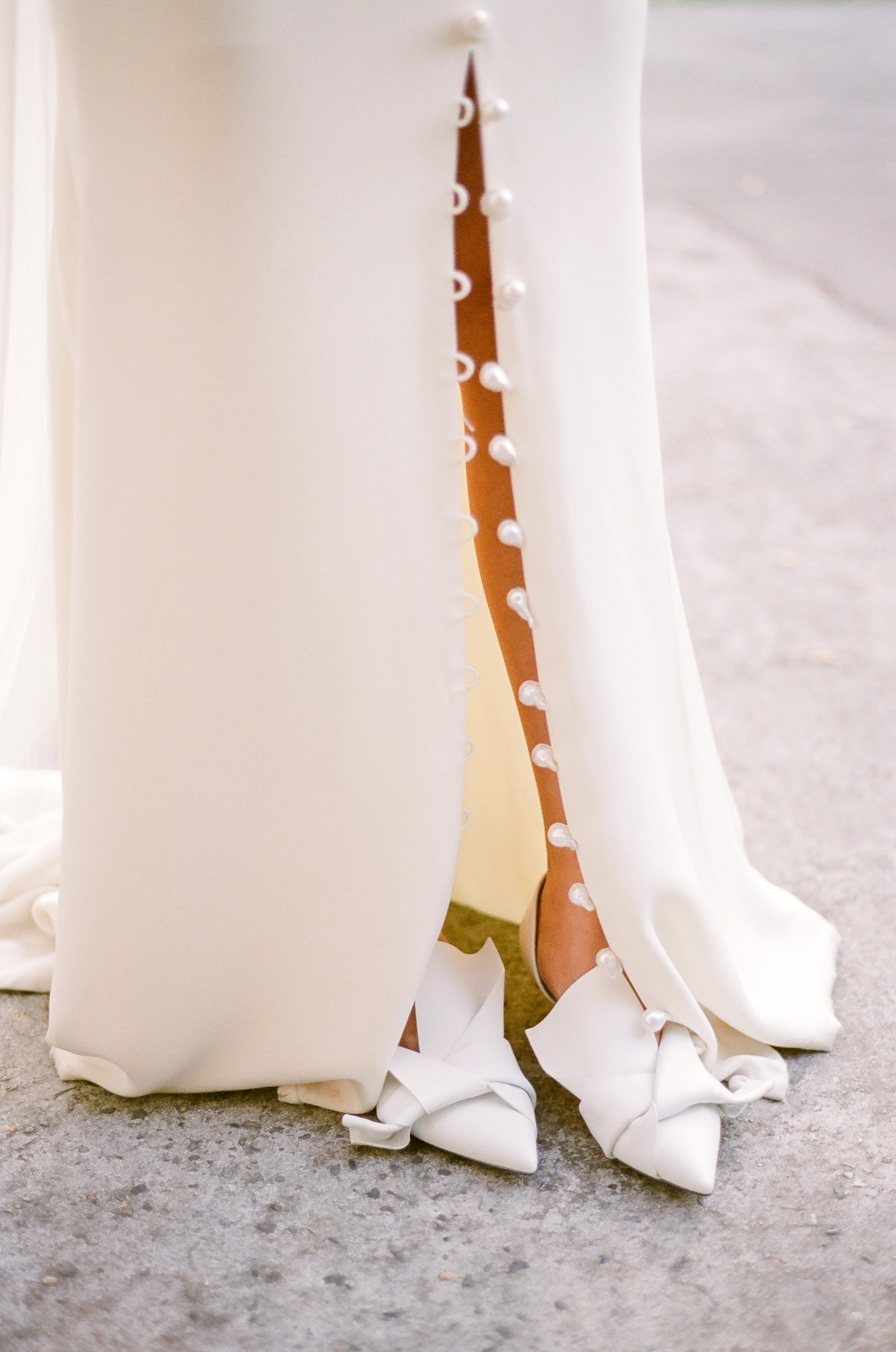 evelyn sam wedding dress details and shoes