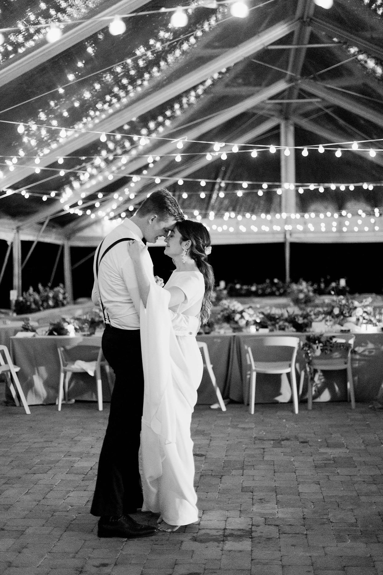 julia doug wedding first dance