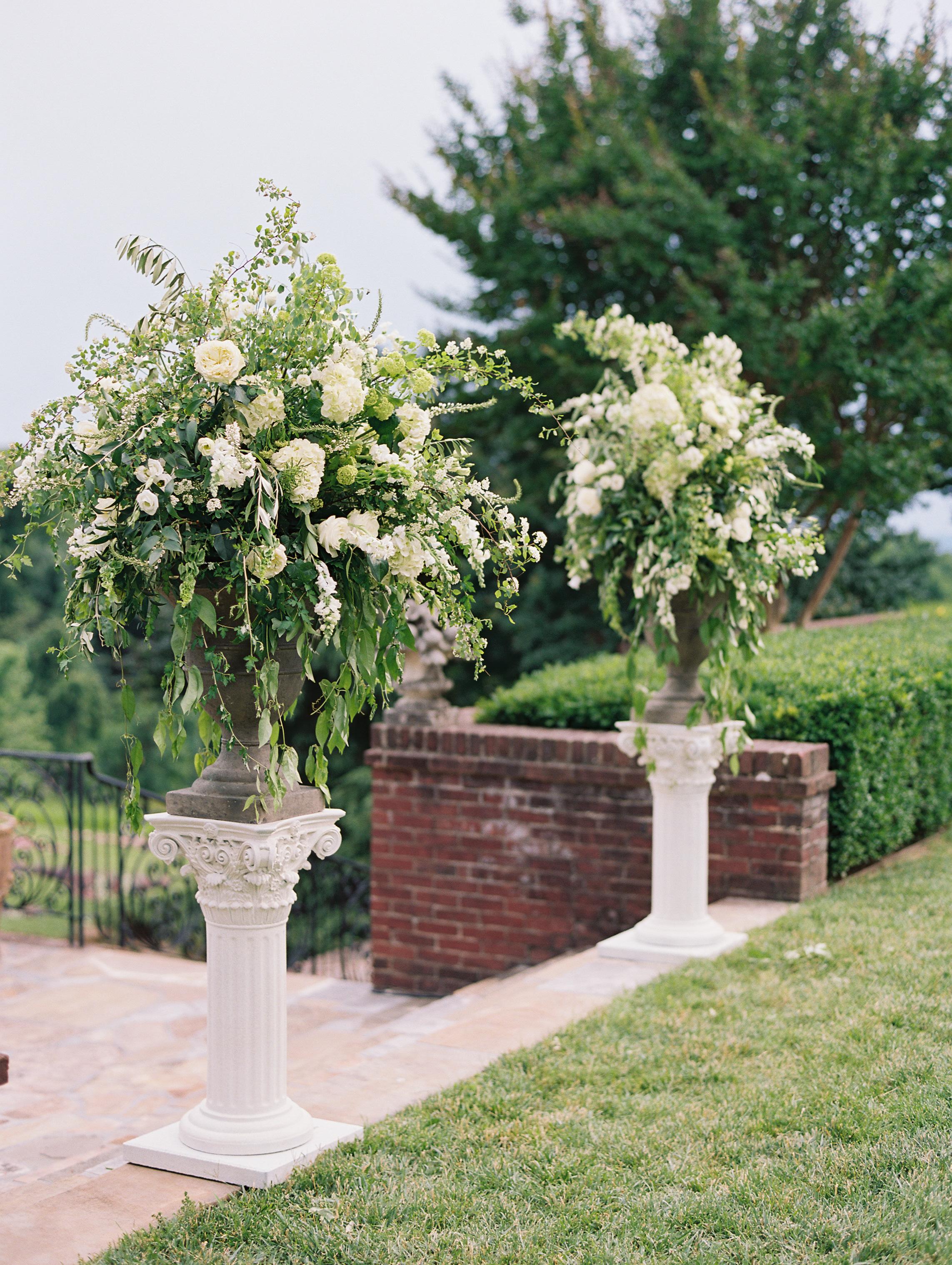 macey joshua wedding ceremony flowers