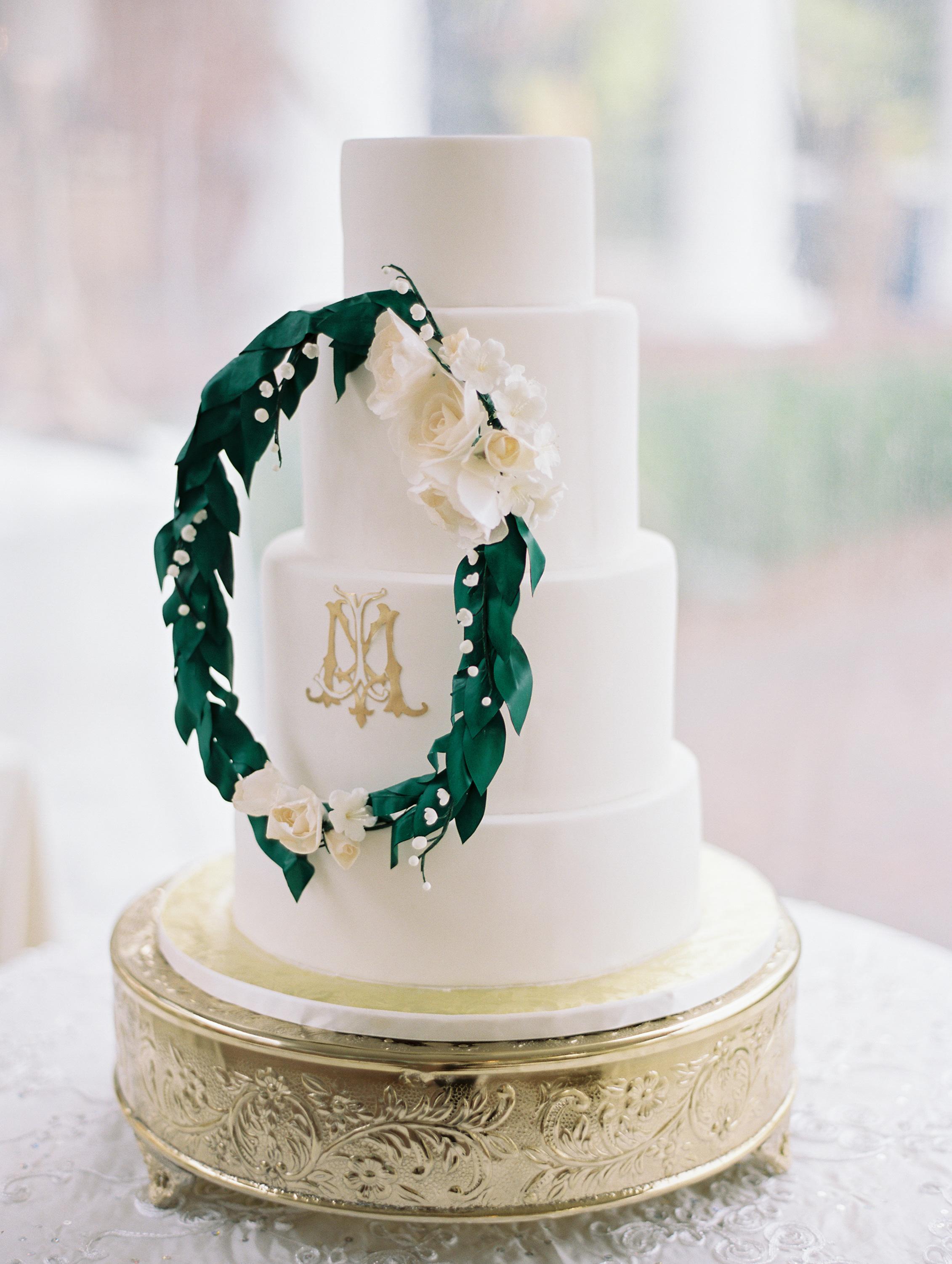 macey joshua wedding cake with wreath