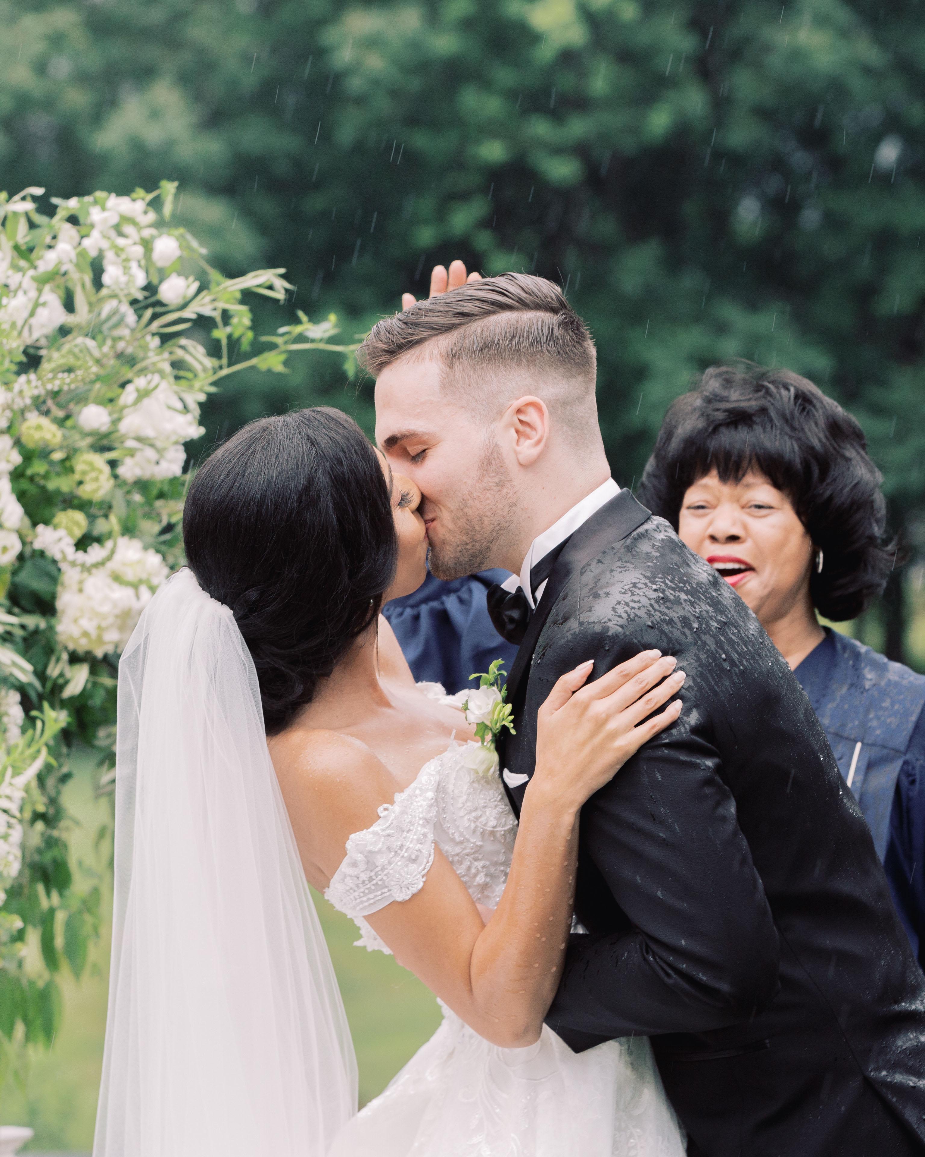 macey joshua ceremony kiss