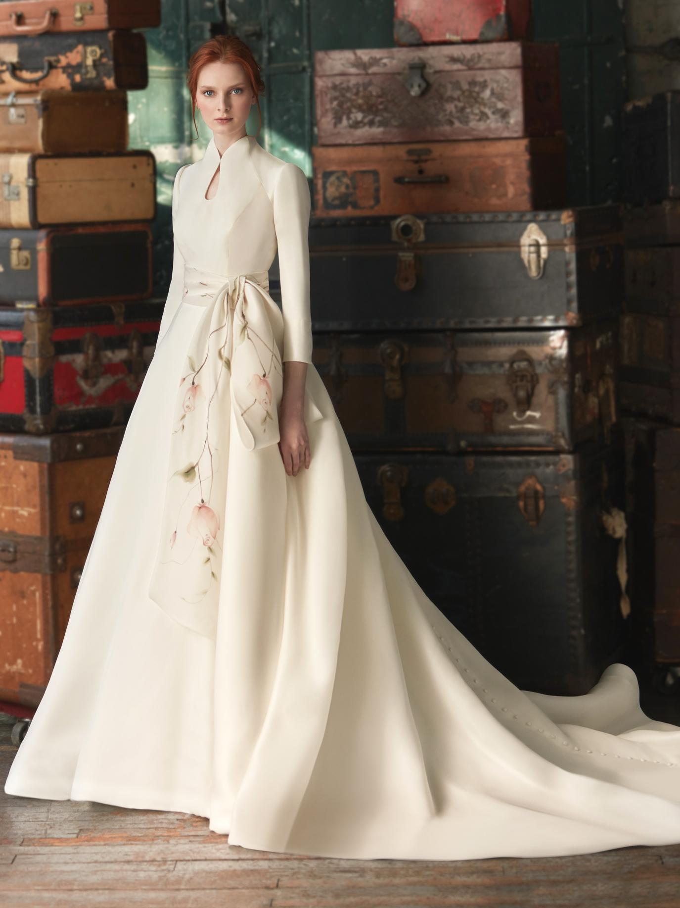 Sareh Nouri high neck long sleeve bow tied belt a-line train wedding dress fall 2020