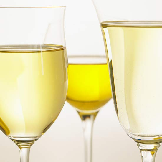 Our Complete Guide to White Wine