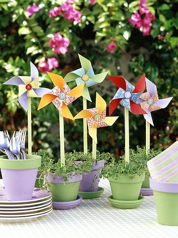 CraftsSp05_Pinwheels in painted pots