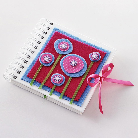CraftsSp05_Square journal felt flowers ribbon