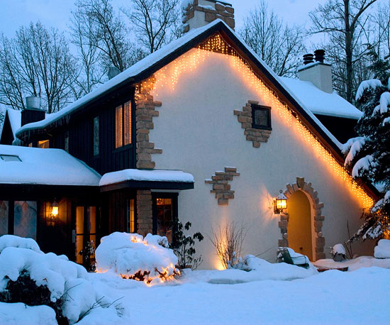 Home exterior Christmas lights