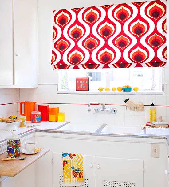 White kitchen with patterned valance