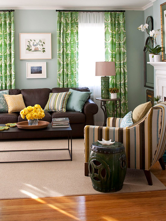 Botanical Hues Nature S Hue Patterned Green Curtains Combine With Sky Blue Walls
