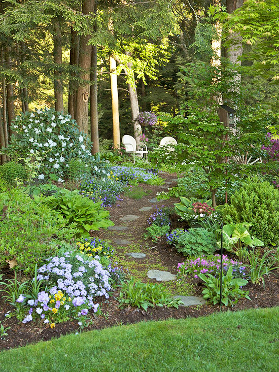Google Image Result For Https Static Onecms Io Wp Content Uploads Sites 37 2015 06 15223957 101254168 J Shade Garden Design Woodland Garden Beautiful Gardens