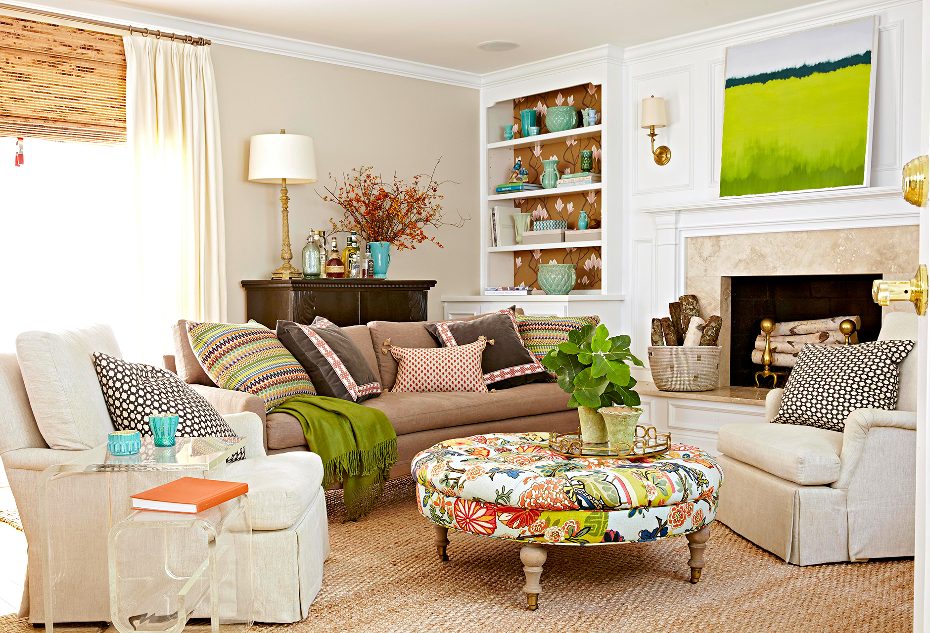 2 Accent Chairs And A Tv And Sectional.Are You Arranging Your Furniture Wrong
