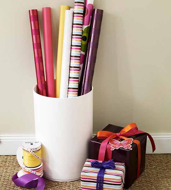 Wrapping-Paper Bucket