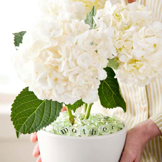 Simple Mother's Day Flowerpot
