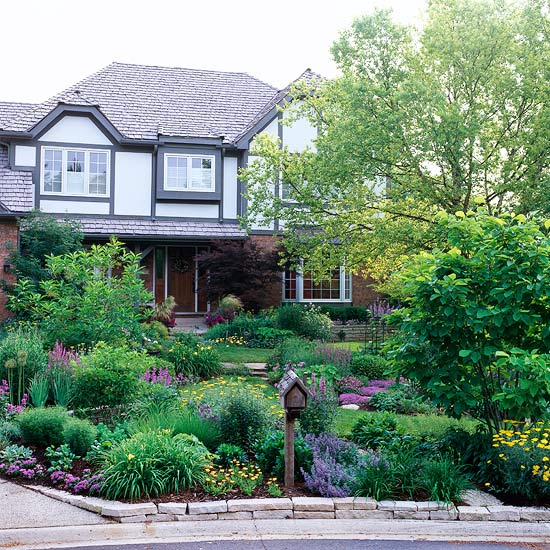 Get Front Yard Landscaping Ideas From Your House