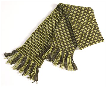 Two Tone Checked Scarf You Can Knit Better Homes Gardens