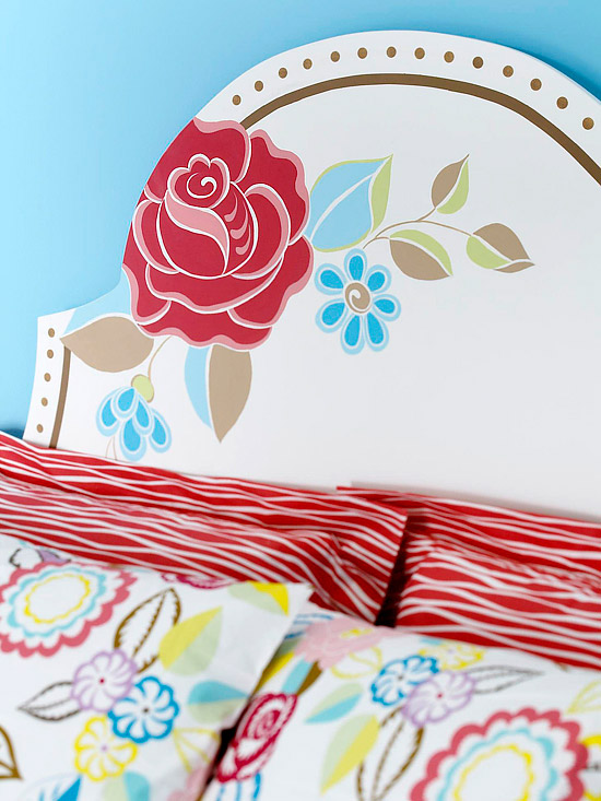 Headboard with pillows