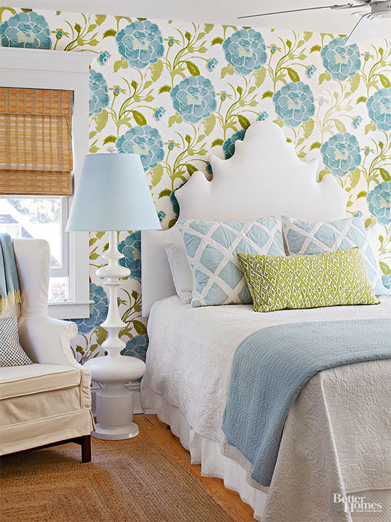 have an endless summer with these 35 beach house decor ideas home decor Bold and Blue
