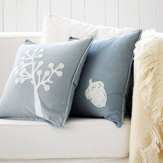 Natural-Theme Holiday Pillows