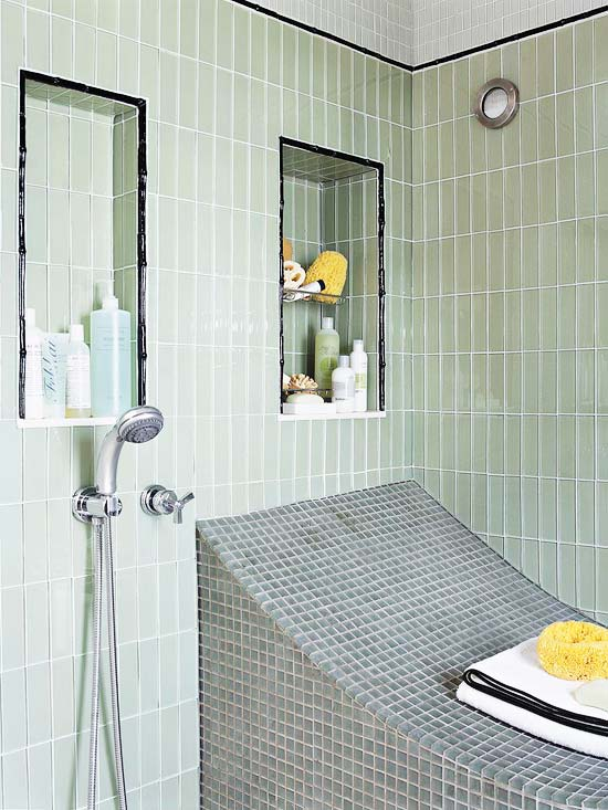 Tile shower with curved bench
